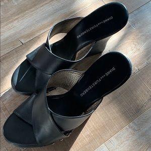 Diane Von Furstenberg black leather wooden wedges